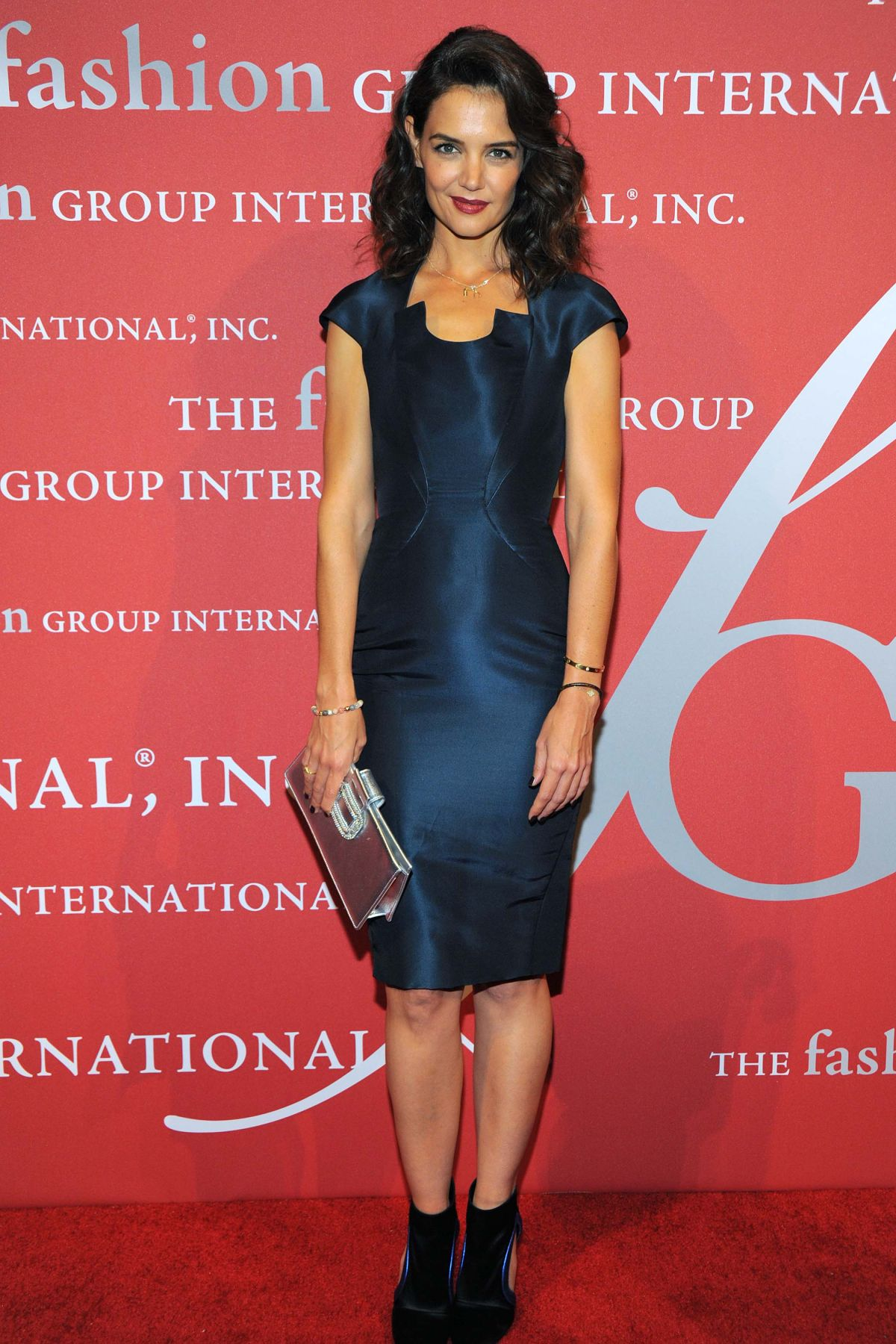 katie-holmes-at-2015-fashion-group-international-night-of-stars-gala-in-new-york-10-22-2015_13