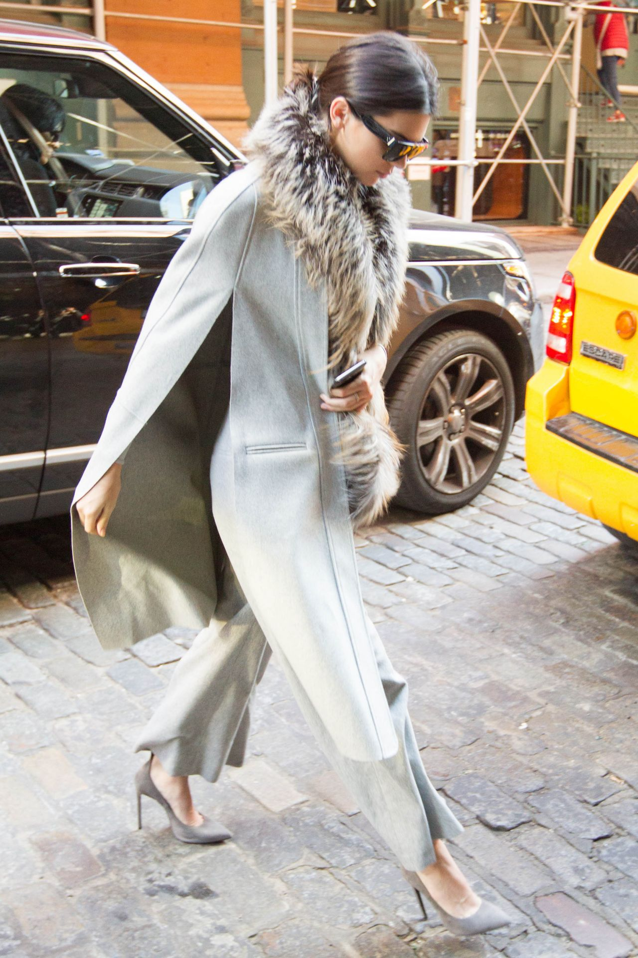 kendall-jenner-street-fashion-out-in-soho-nyc-october-2015_6