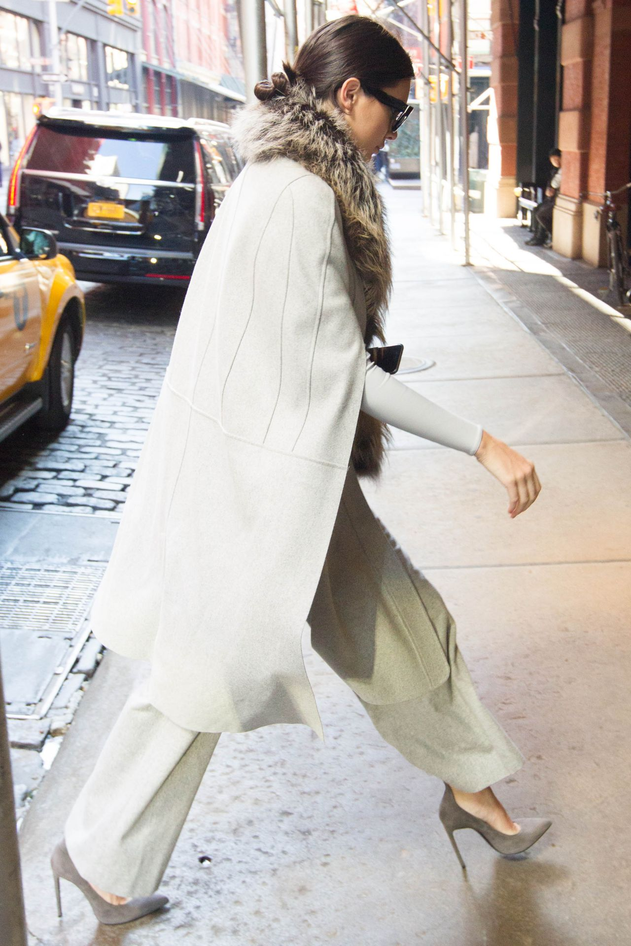 kendall-jenner-street-fashion-out-in-soho-nyc-october-2015_8