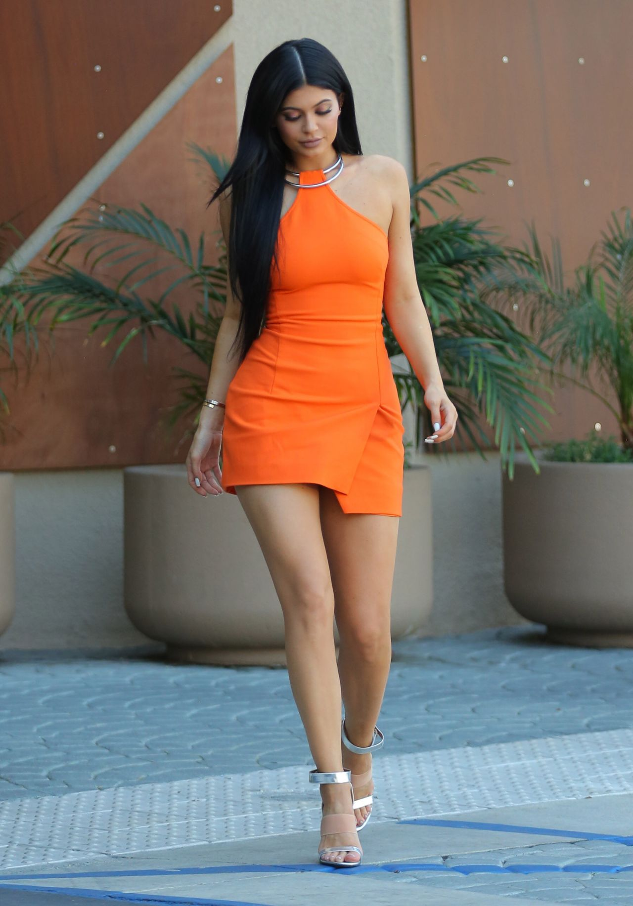 kylie-jenner-in-kaufman-fraco-double-ring-halter-dress-october-2015_4