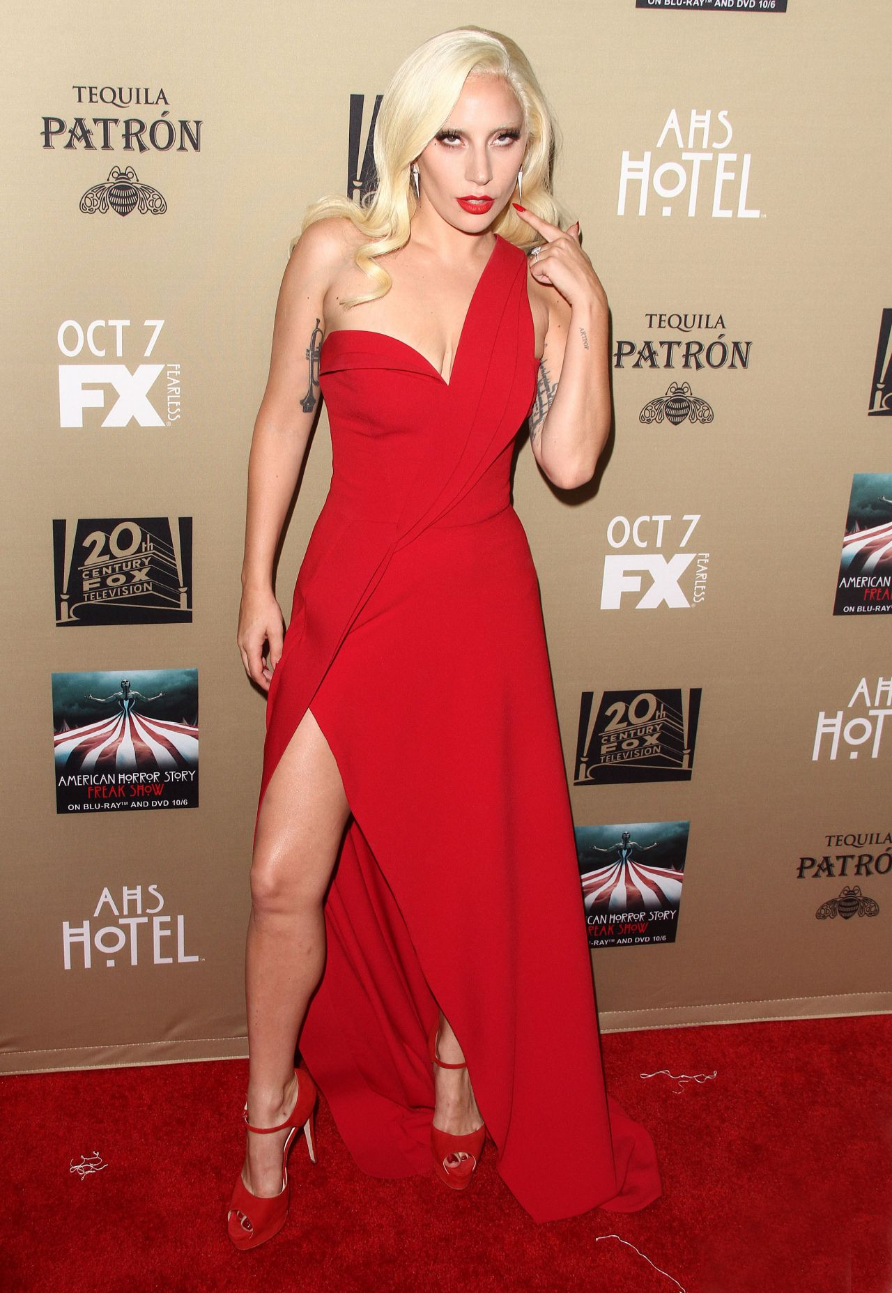 lady-gaga-fx-s-american-horror-story-hotel-screening-in-los-angeles_16