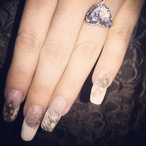 lady-gaga-nails-