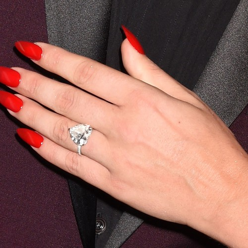 lady-gaga-nails-6-500×500