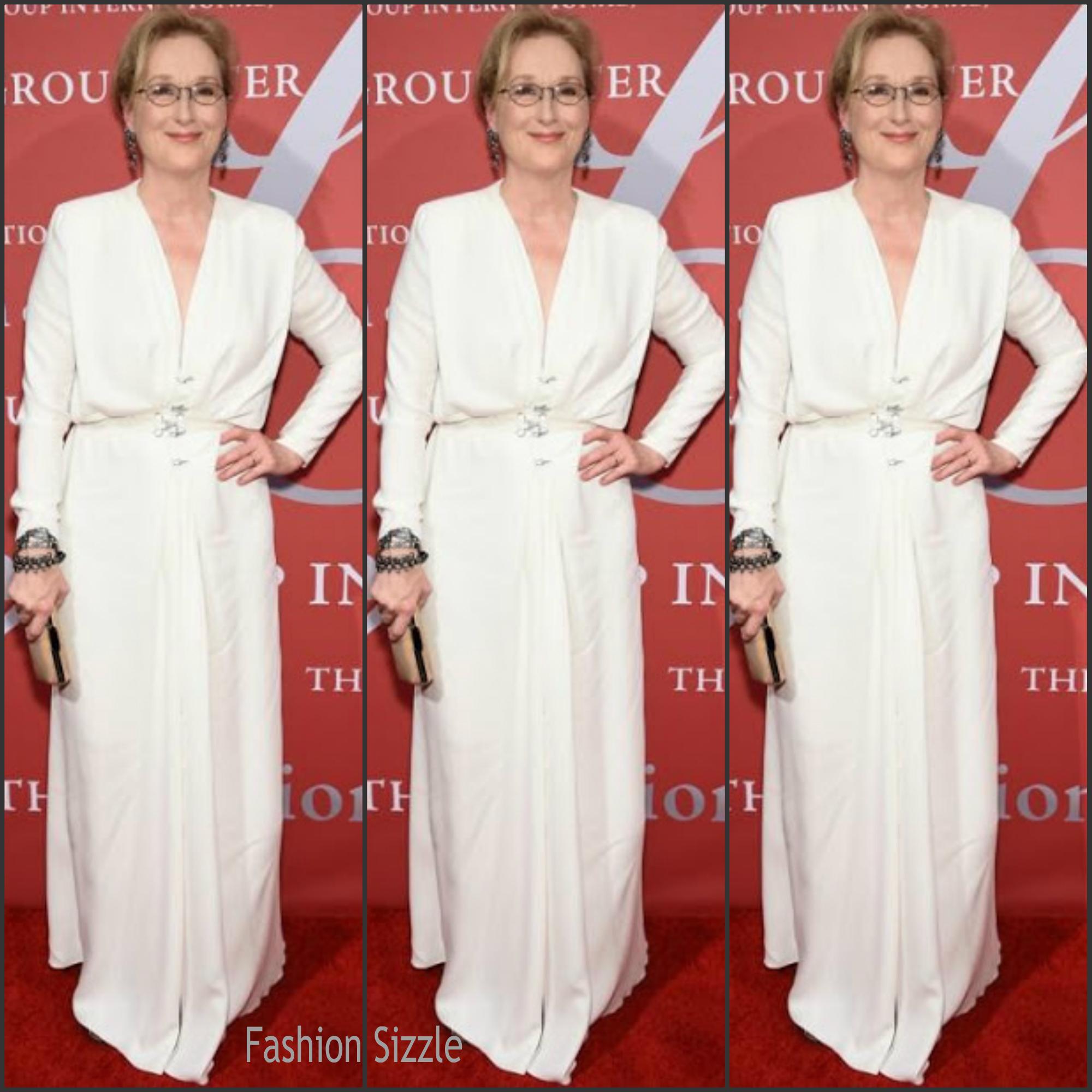 meryl-streep-in-lanvin-2015-fashion-group-international-night-of-stars-gala