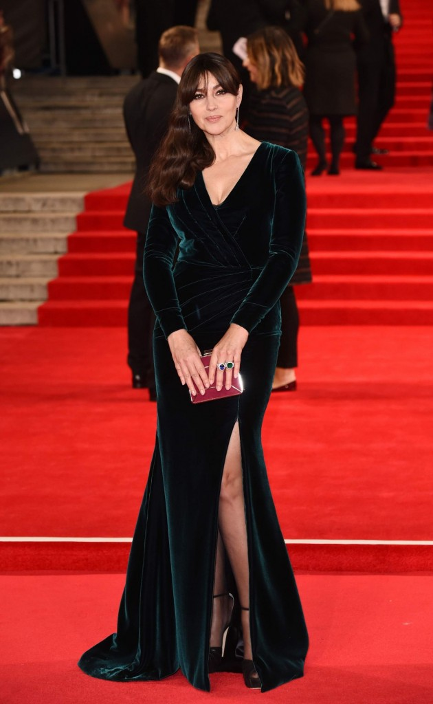 monica-bellucci-on-red-carpet-spectre-world-premiere-in-london_1