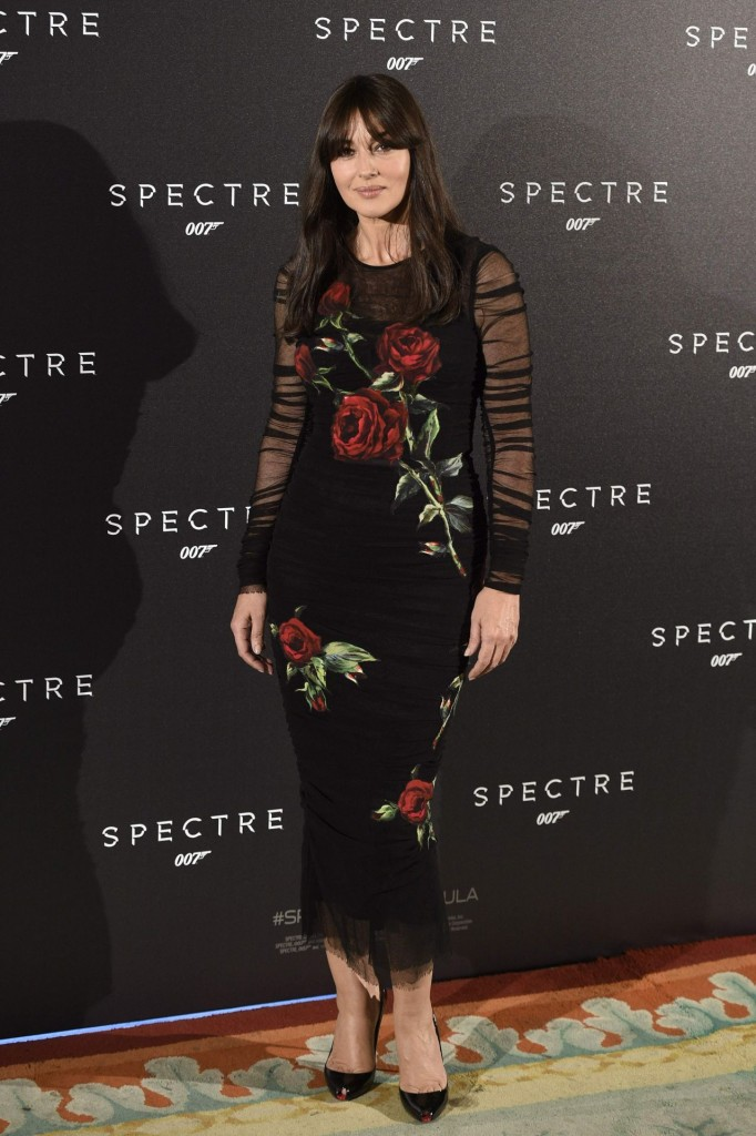 monica-bellucci-spectre-photocall-in-madrid-spain_7
