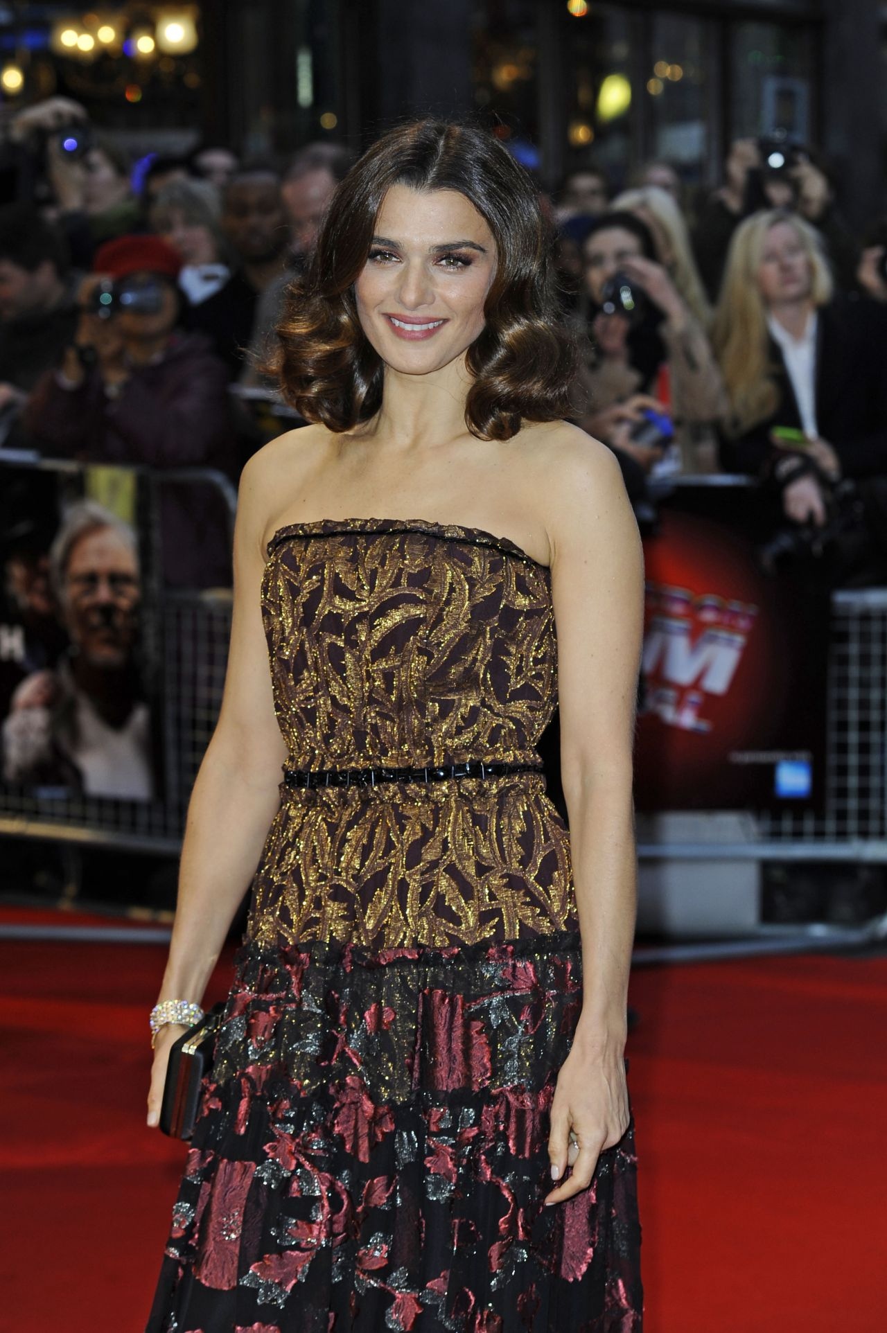 rachel-weisz-youth-red-carpet-at-the-bfi-london-film-festival_4