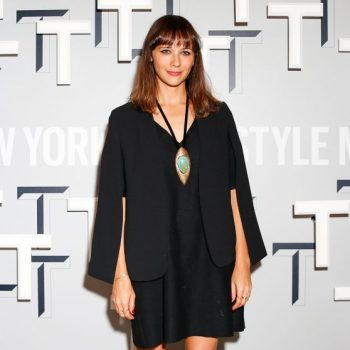 rashida-jones-t-magazine-celebrates-the-inaugural-issue-in-west-hollywood_1_thumbnail