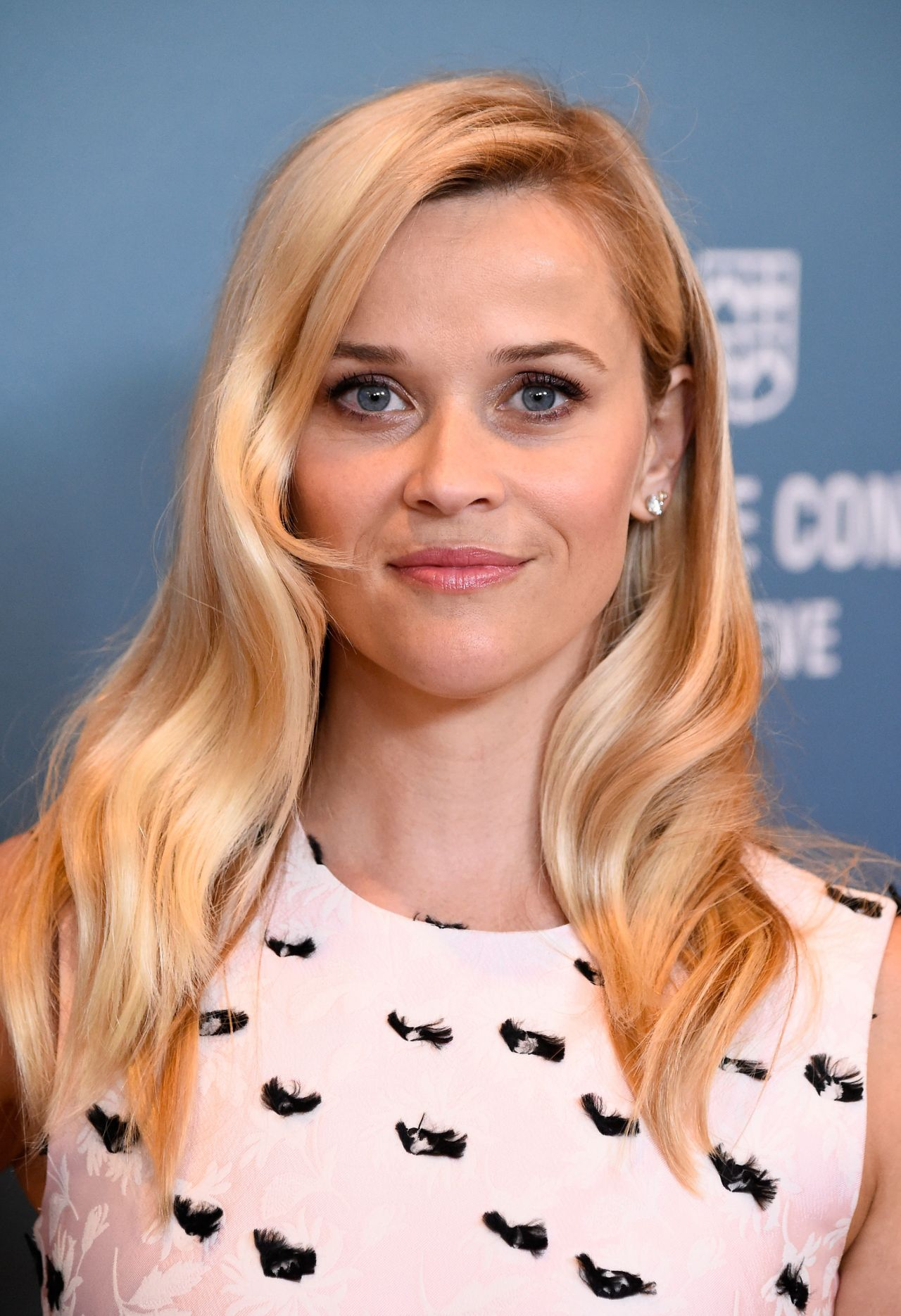 reese-witherspoon-variety-s-power-of-women-luncheon-in-beverly-hills-october-2015_2
