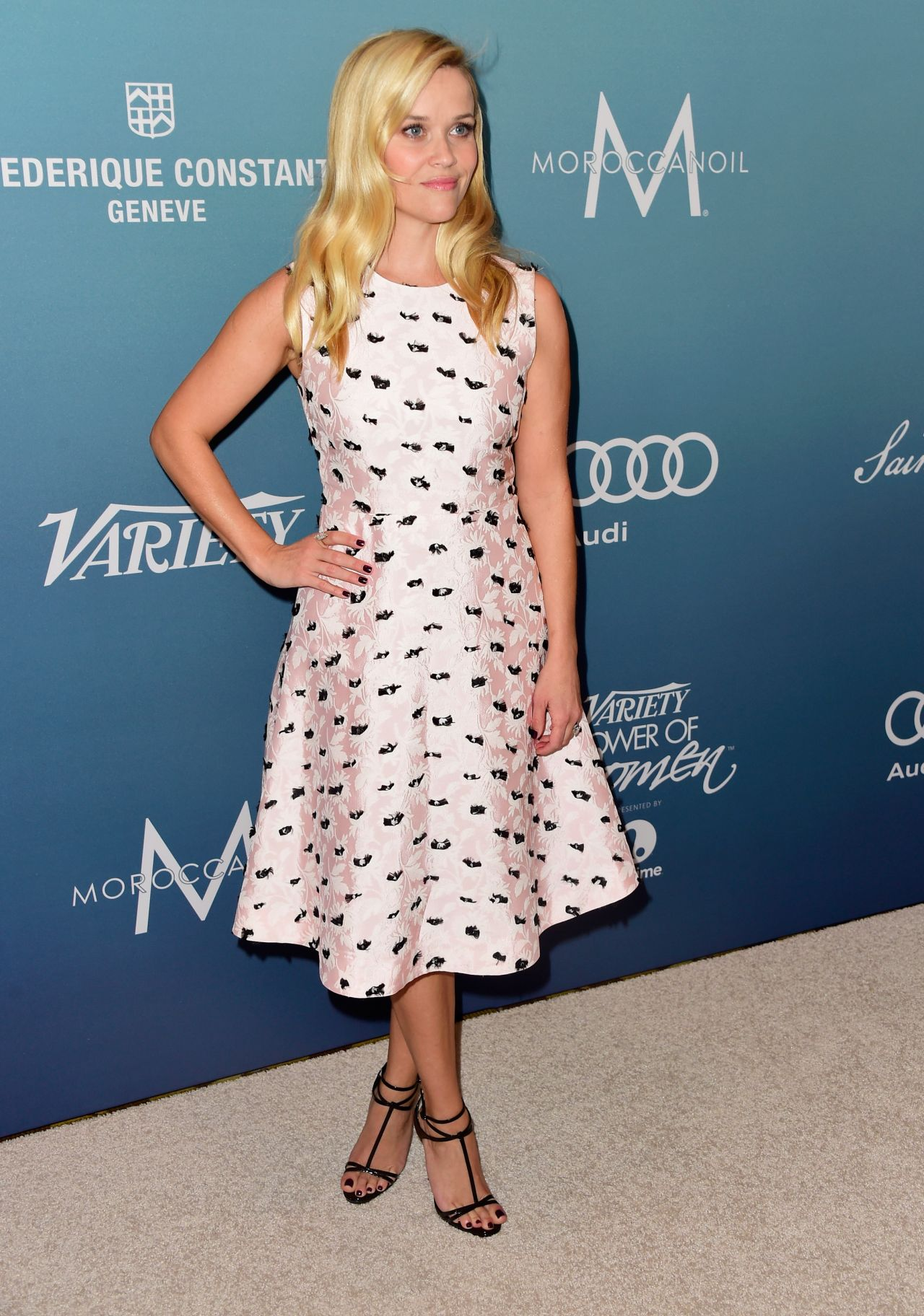 reese-witherspoon-variety-s-power-of-women-luncheon-in-beverly-hills-october-2015_3