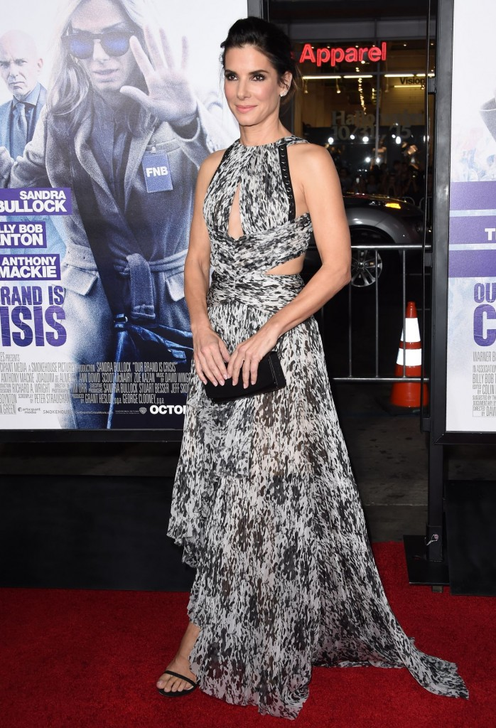 sandra-bullock-our-brand-is-crisis-premiere-in-hollywood_11