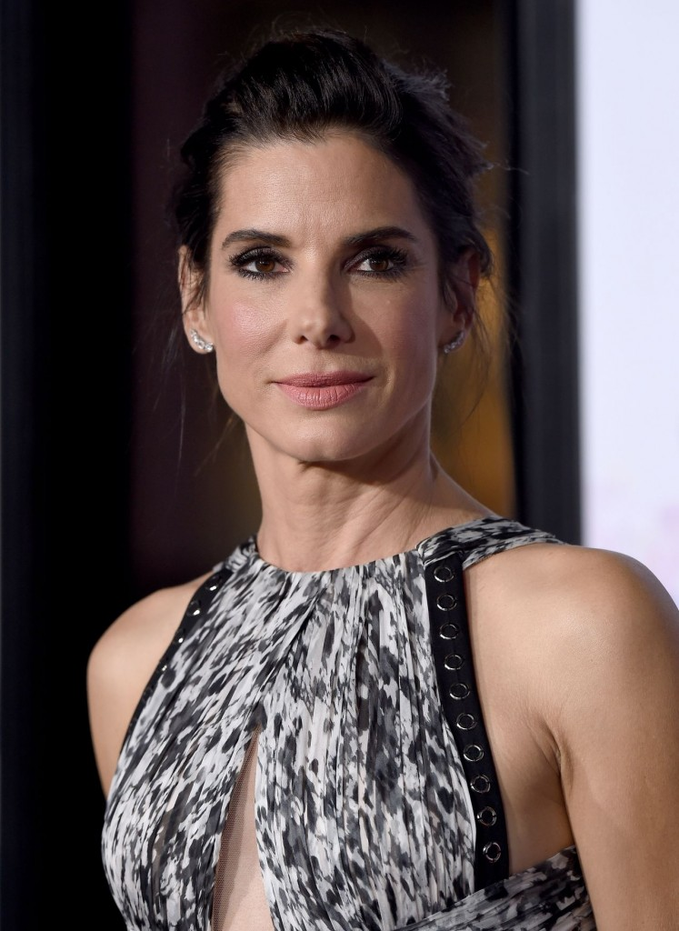 sandra-bullock-our-brand-is-crisis-premiere-in-hollywood_5