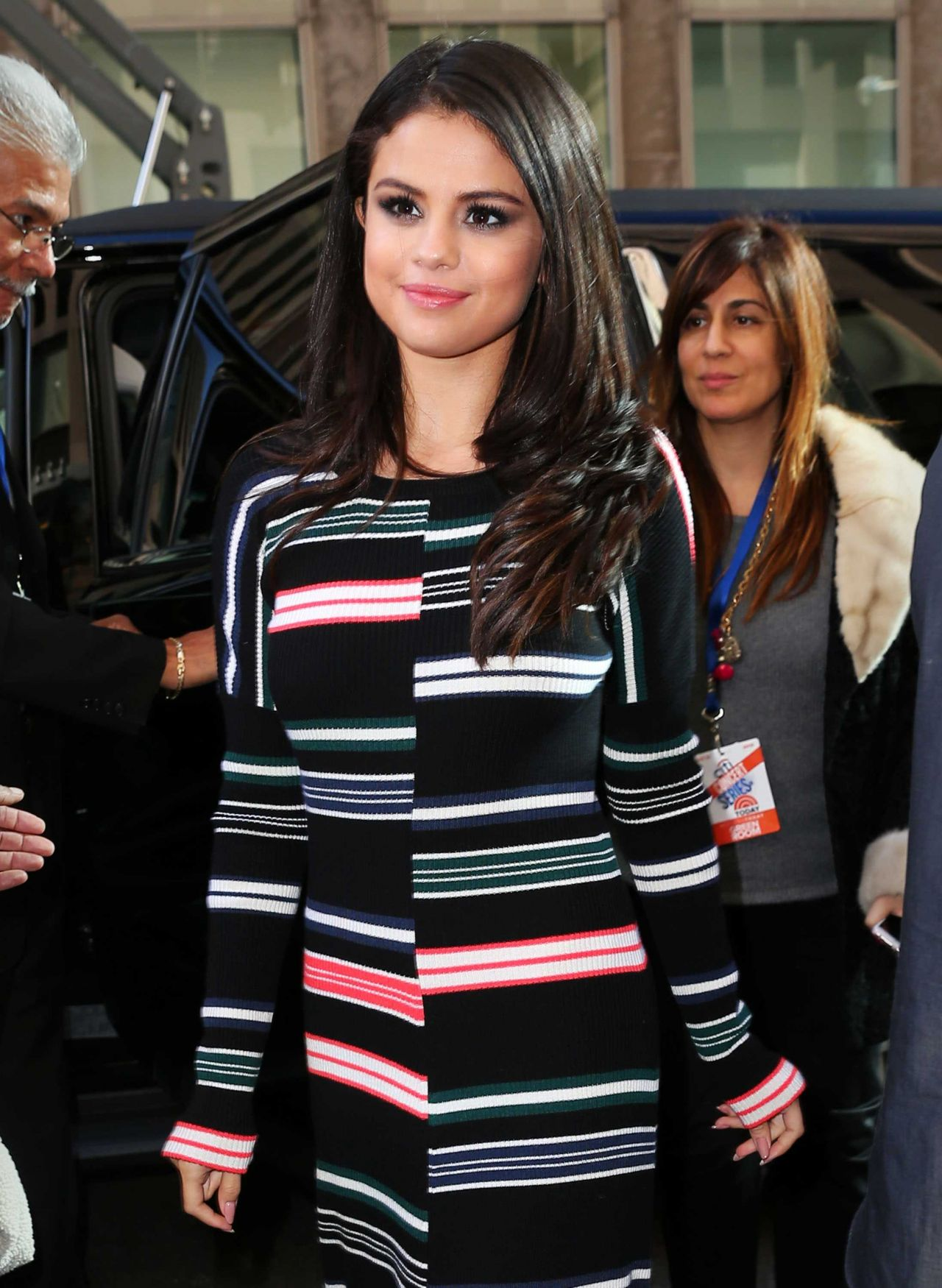 selena-gomez-at-siriusxm-studios-in-new-york-city-october-2015_13