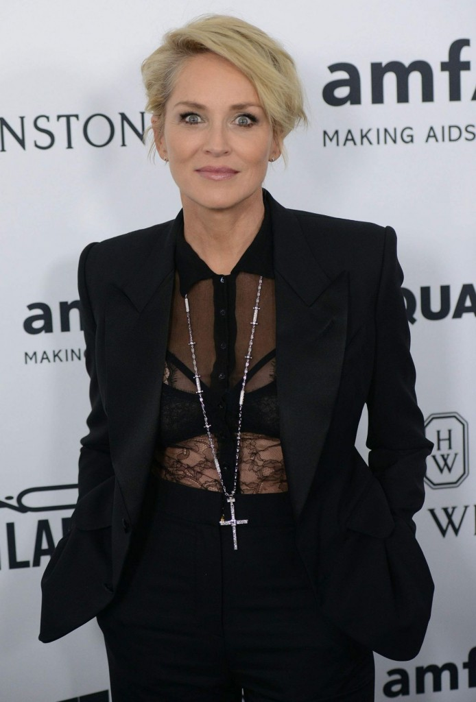 sharon-stone-at-amfar-s-inspiration-gala-in-hollywood-10-29-2015_1