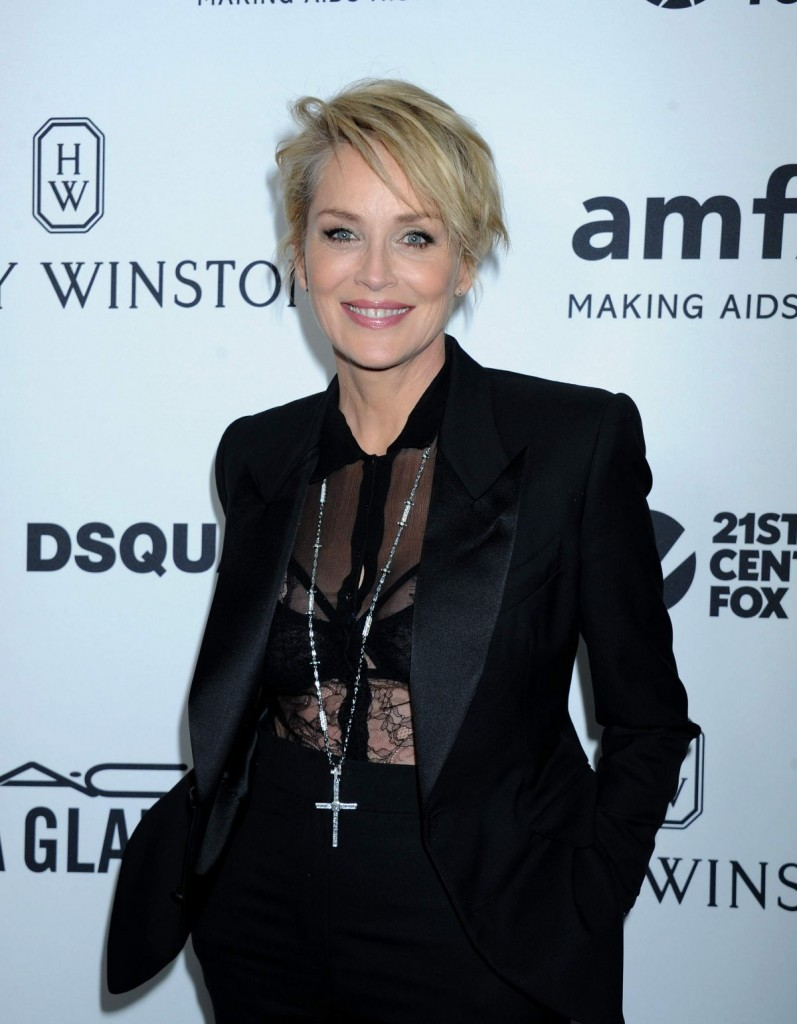 sharon-stone-at-amfar-s-inspiration-gala-in-hollywood-10-29-2015_6