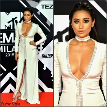 shay-mitchell-in-kayat-at-2015-mtv-emas-1024×1024