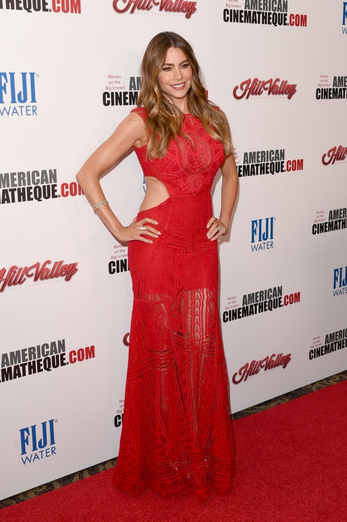 sofía-vergara-2015-american-cinematheque-award-honoring-reese-witherspoon-in-los-angeles_1