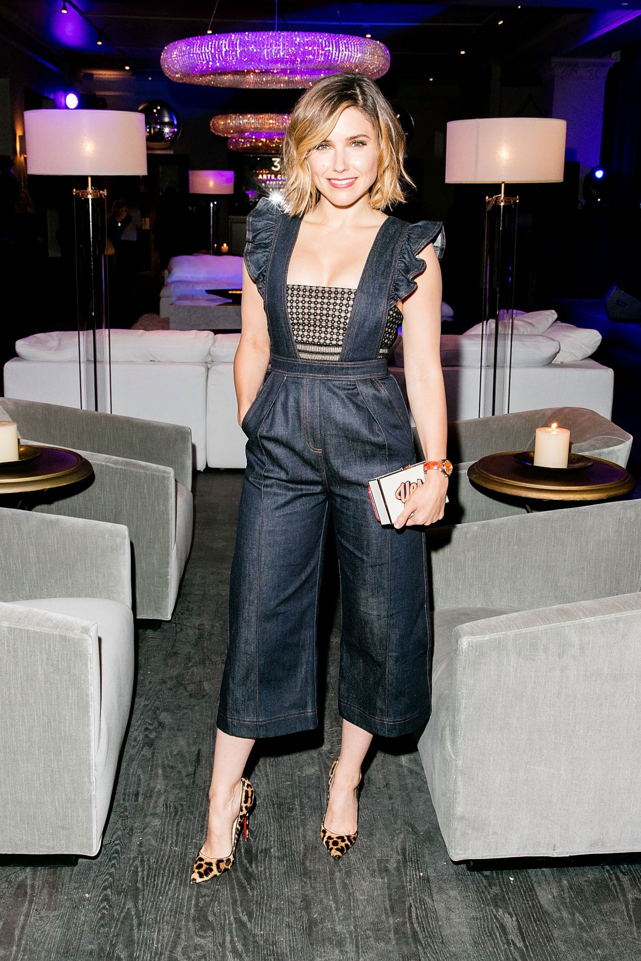 sophia-bush-restoration-hardware-celebrates-opening-of-rh-chicago-in-chicago_2