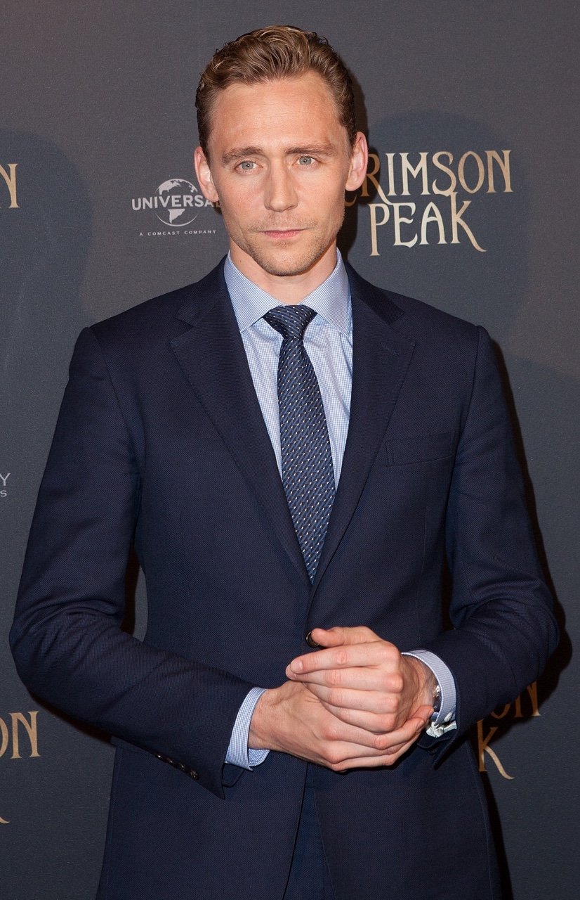 tom-hiddleston-in-polo-ralph-lauren-crimson-peak-paris-premiere