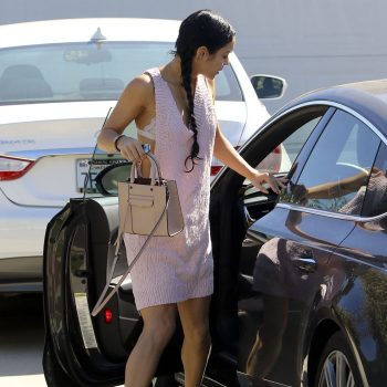 vanessa-hudgens-out-in-los-angeles-september-2015_7