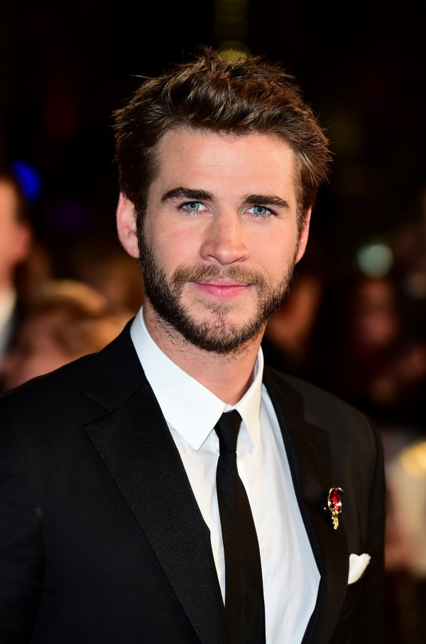 liam-hemsworth-the-hunger-games-mockingjay-part-2-london-premiere
