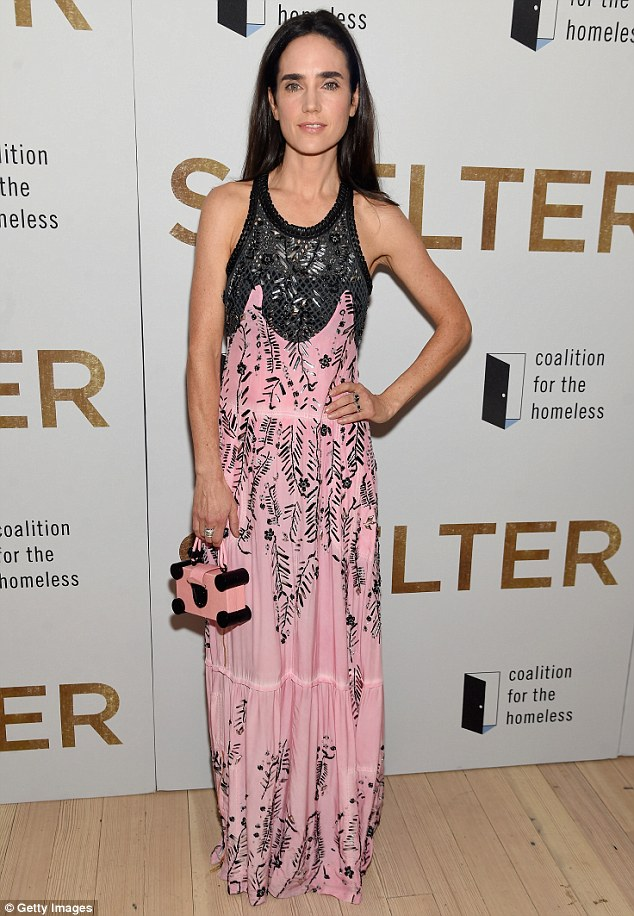 jennifer-connelly-in-louis-vuitton-shelter-new-york-premiere