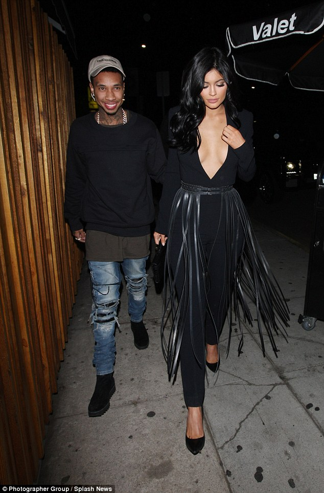 kylie-jenner-in-black-jumpsuit-at-the-nice-guy-in-hollywood