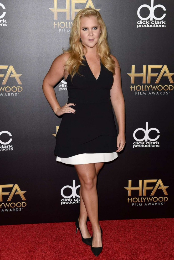 Amy-Schumer--2015-Hollywood-Film-Awards--01-662x990