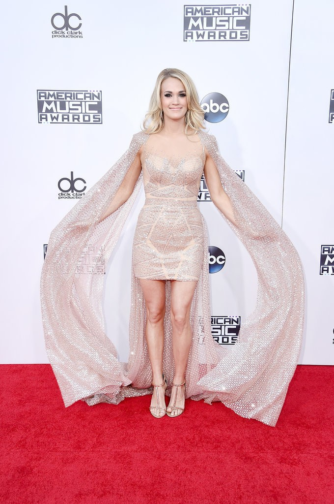 Carrie-Underwood-Dress-American-Music-Awards-2015-1