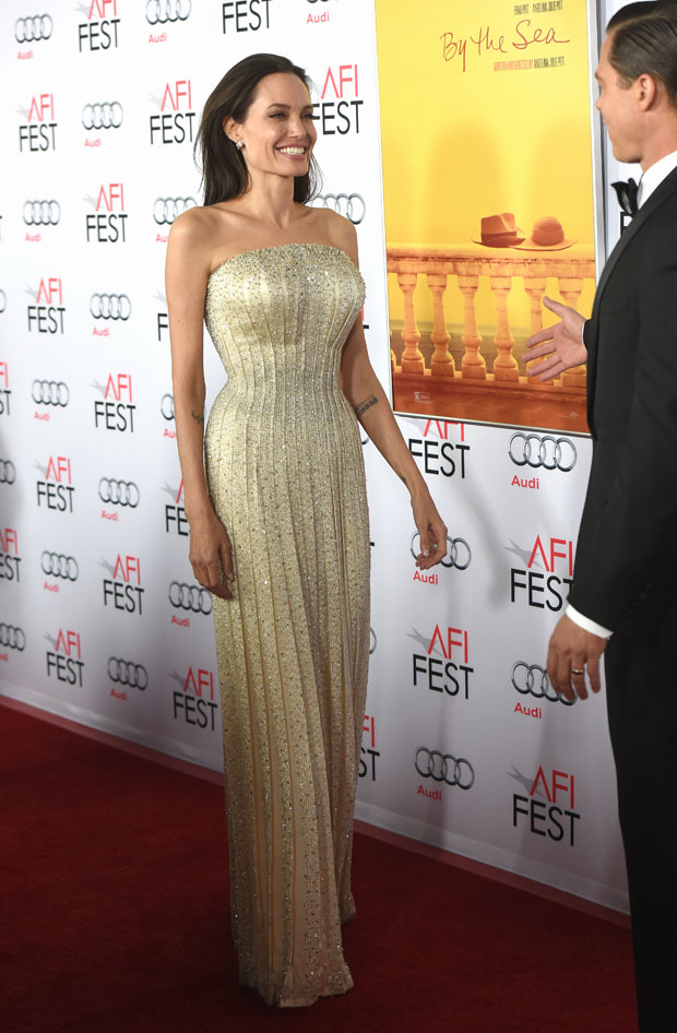 angelina-jolie-in-atelier-versace-at-by-the-sea-afi-fest-2015-opening-night-premiere