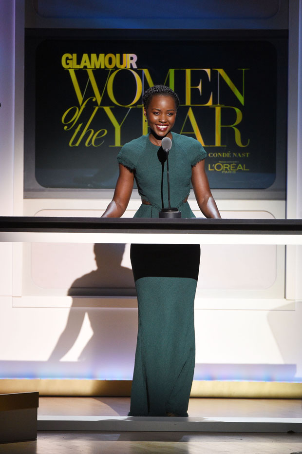 lupita-nyongo-in-jason-wu-at-2015-glamour-women-of-the-year-awards