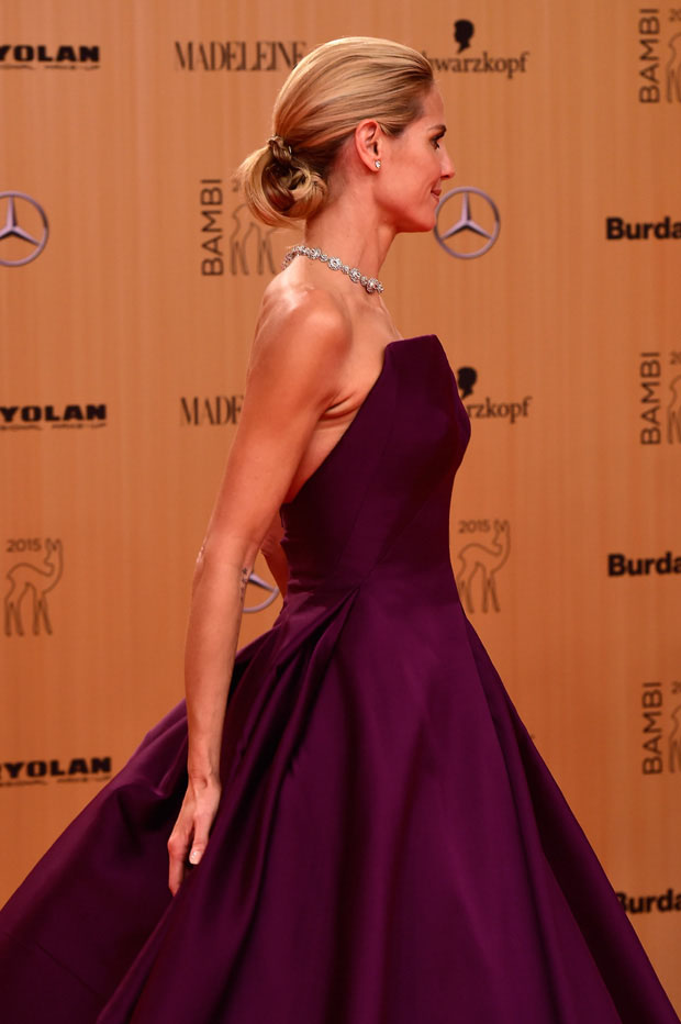 heidi-klum-in-zac-posen-at-2015-bambi-awards