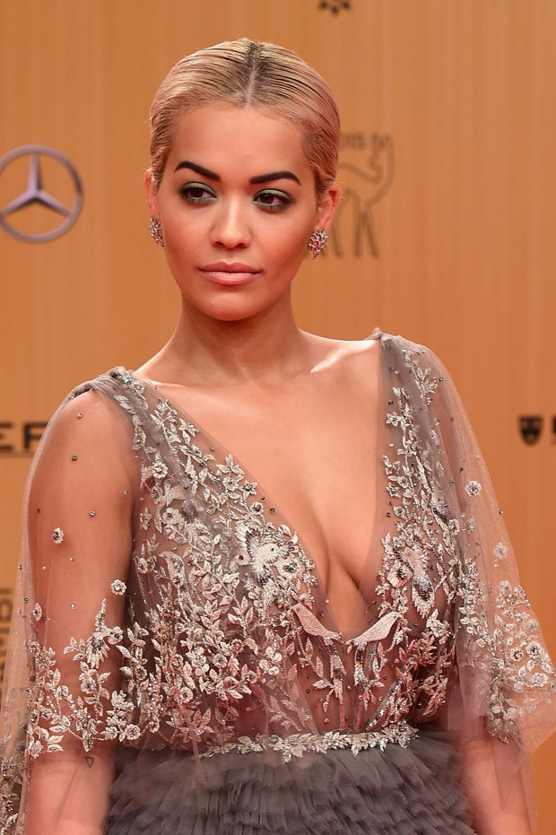 rita-ora-in-marchesa-at-2015-bambi-awards