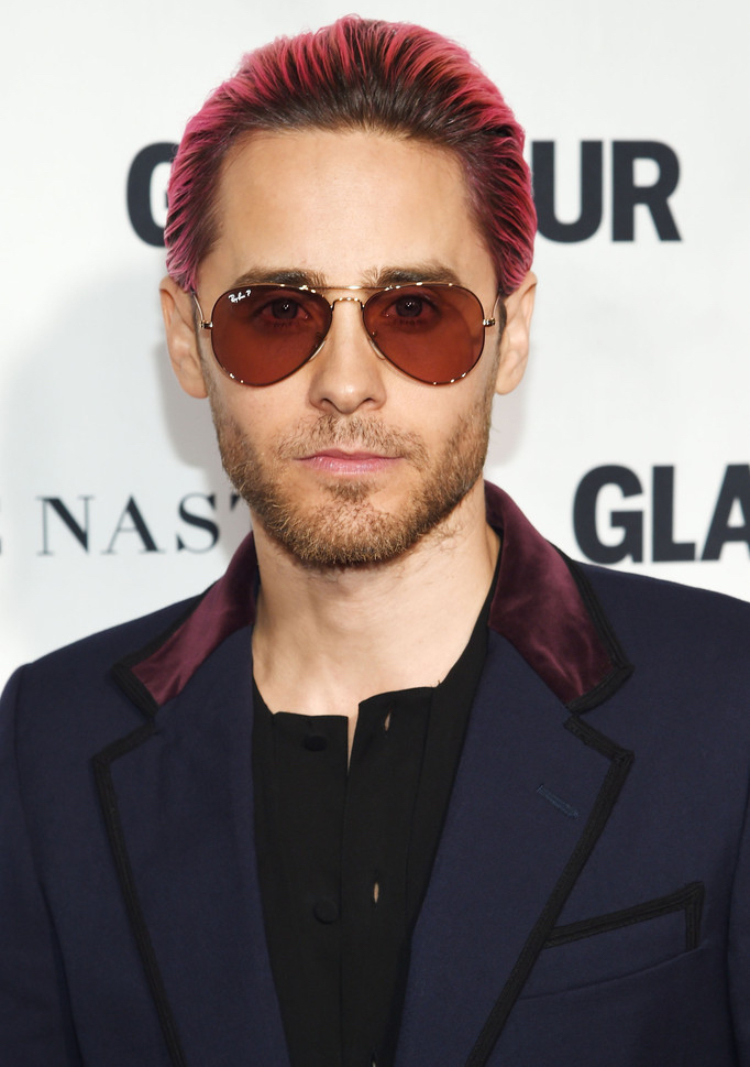 Jared-Leto-Pink-Hairstyle-Ray-Ban-Sunglasses-2015-Style-Glamour-Women-of-the-Year-Awards