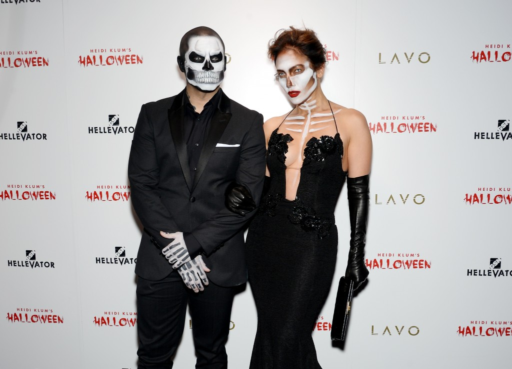 jennifer-lopez-in-michael-costello-at-heidi-klums-16th-annual-halloween-party