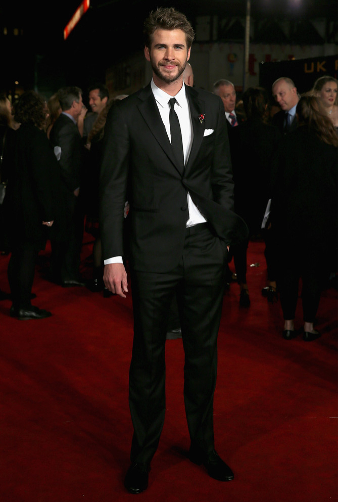 Liam-Hemsworth-2015-Style-Hunger-Games-Mockingjay-Part-2-UK-Premiere