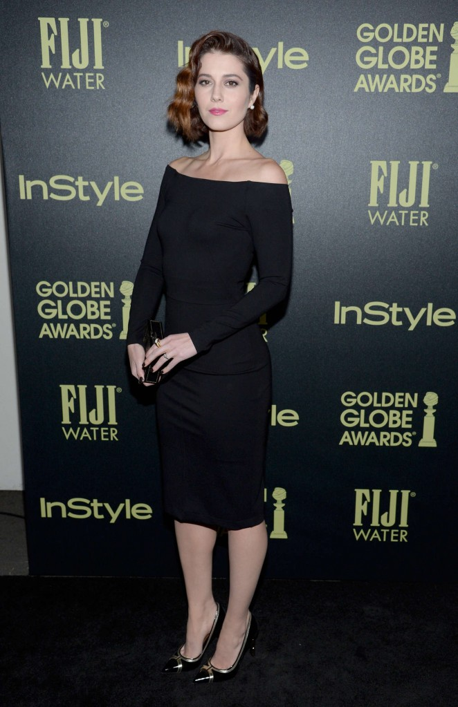 Mary-Elizabeth-Winstead--HFPA-And-InStyle-Celebrate-The-2016-Golden-Globe-Award-Season--02-662x1023