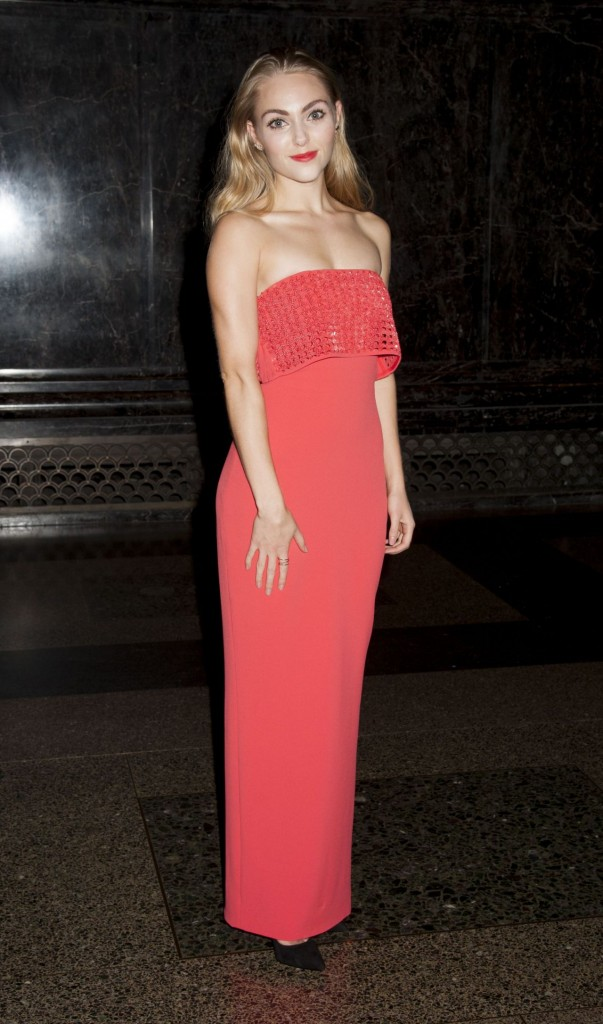 annasophia-robb-2015-american-museum-of-natural-history-museum-gala-in-new-york-city_2