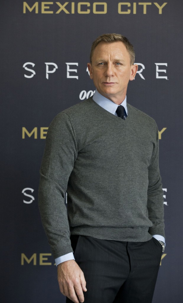 daniel-craig-at-the-spectre-mexico-city-photo-call