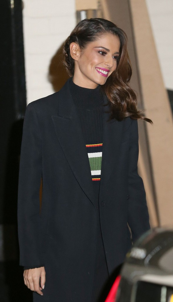 cheryl-fernandez-versini-leaving-the-x-factor-studios-in-london-11-29-2015_1