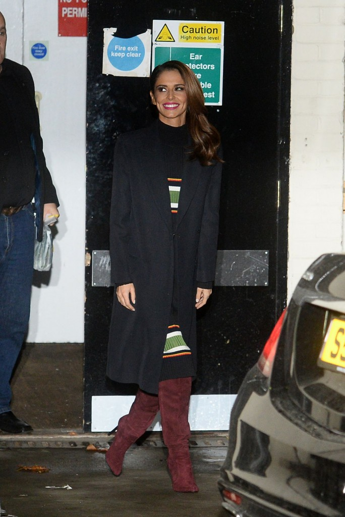 cheryl-fernandez-versini-leaving-the-x-factor-studios-in-london-11-29-2015_5
