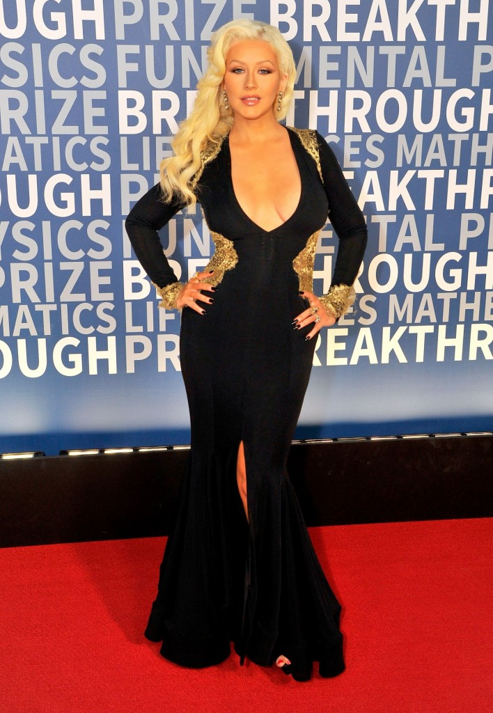 christina-aguilera-2016-breakthrough-prize-ceremony-in-mountain-view_13