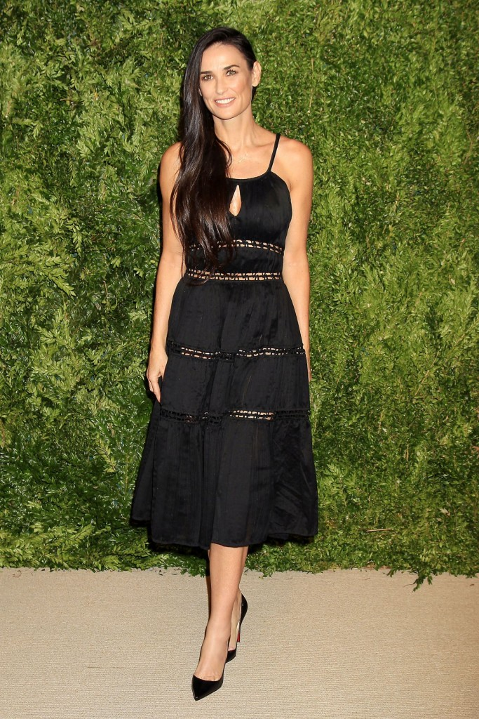 demi-moore-2015-cfda-vogue-fashion-fund-awards-in-new-york-city_1