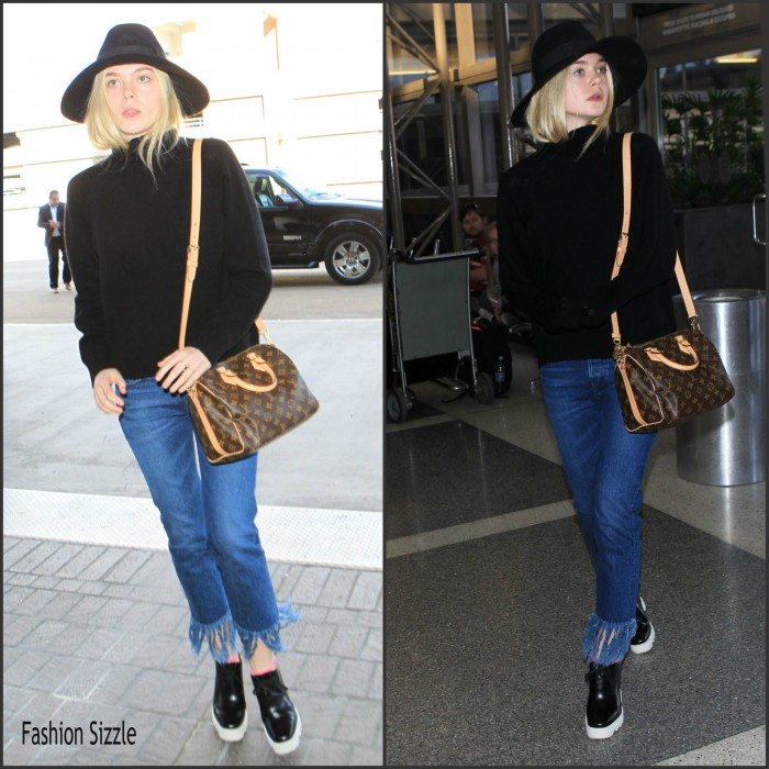 elle-fanning-spotted-lax-airport-november-2015-700×700