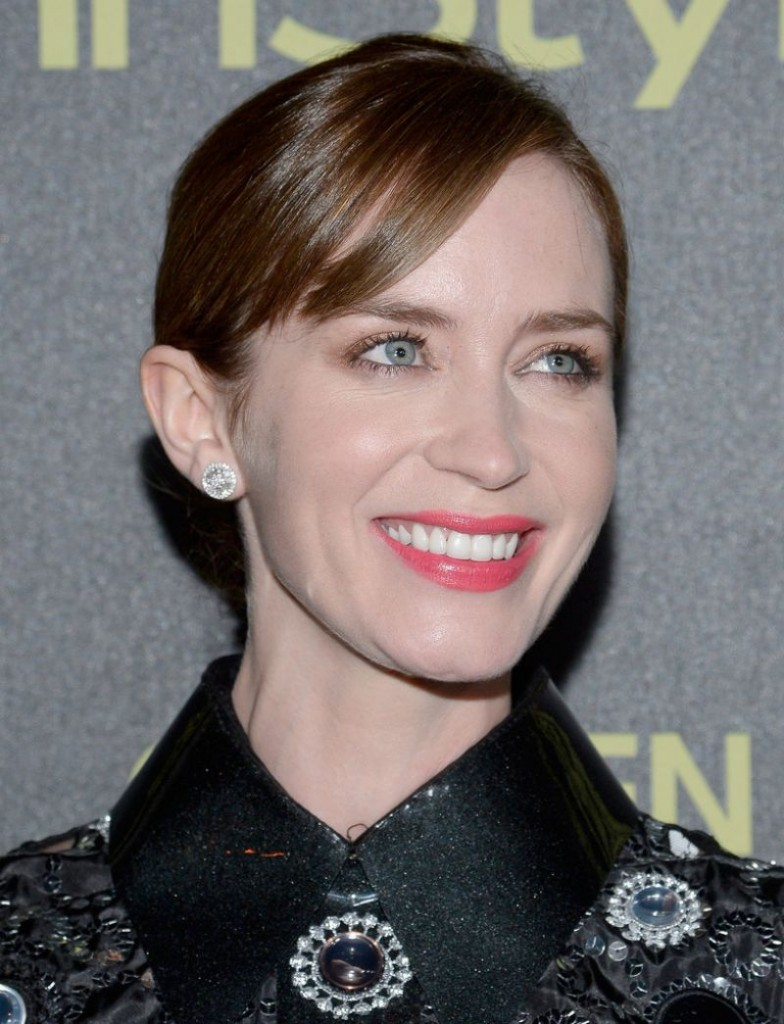 emily-blunt-hfpa-and-instyle-celebrate-the-2016-golden-globe-award-season-in-west-hollywood_4