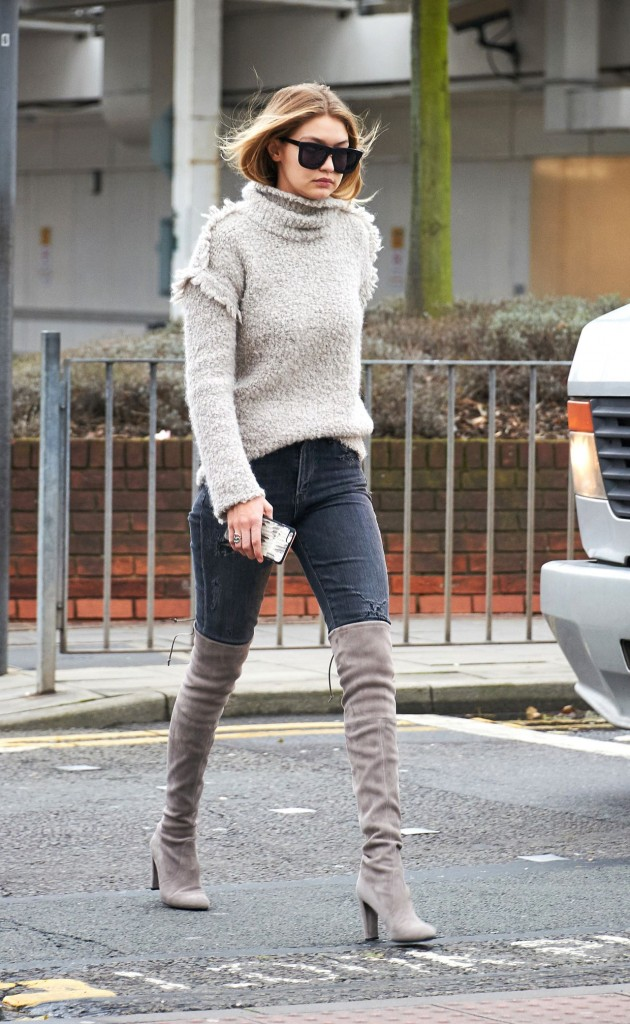 gigi-hadid-at-heathrow-airport-in-london-11-30-2015_1