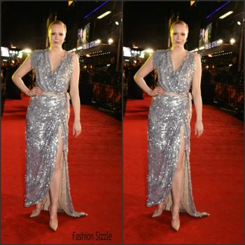 gwendoline-christie-in-vivienne-westwood-couture-the-hunger-games-mockingjay-part2-london-premiere-1024×1024