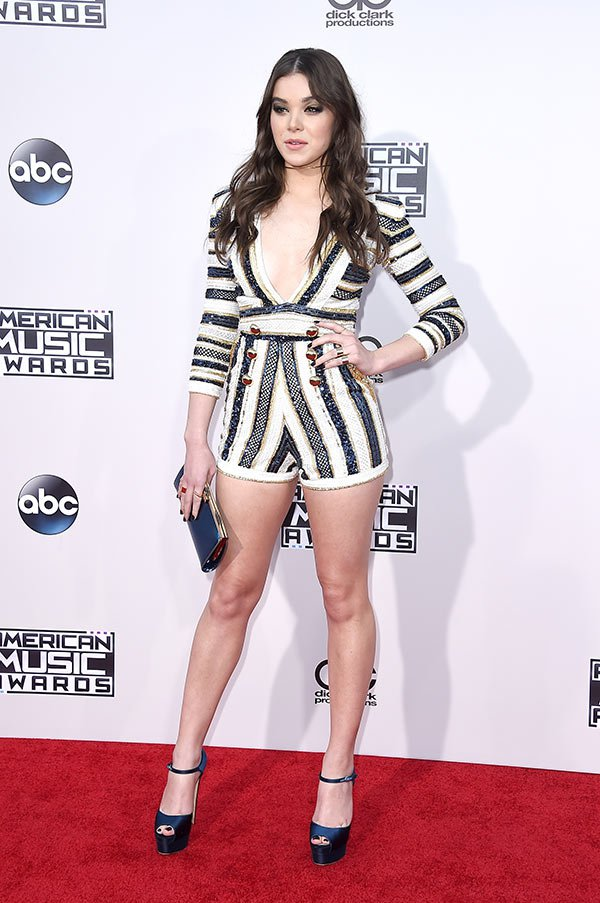hailee-steinfeld-amas-best-dressed-american-music-awards-2015