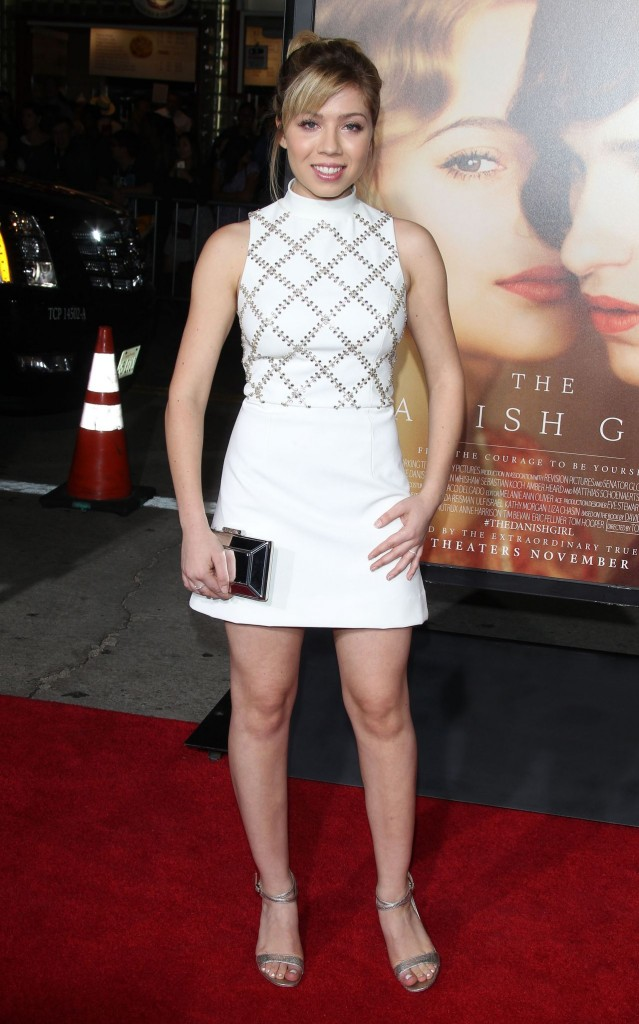 jennette-mccurdy-the-danish-girl-premiere-in-westwood-november-2015_1