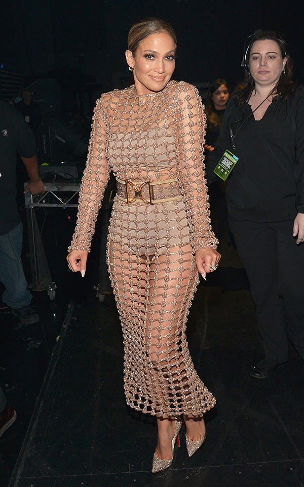 jlo-best-dressed-america-music-awards-1